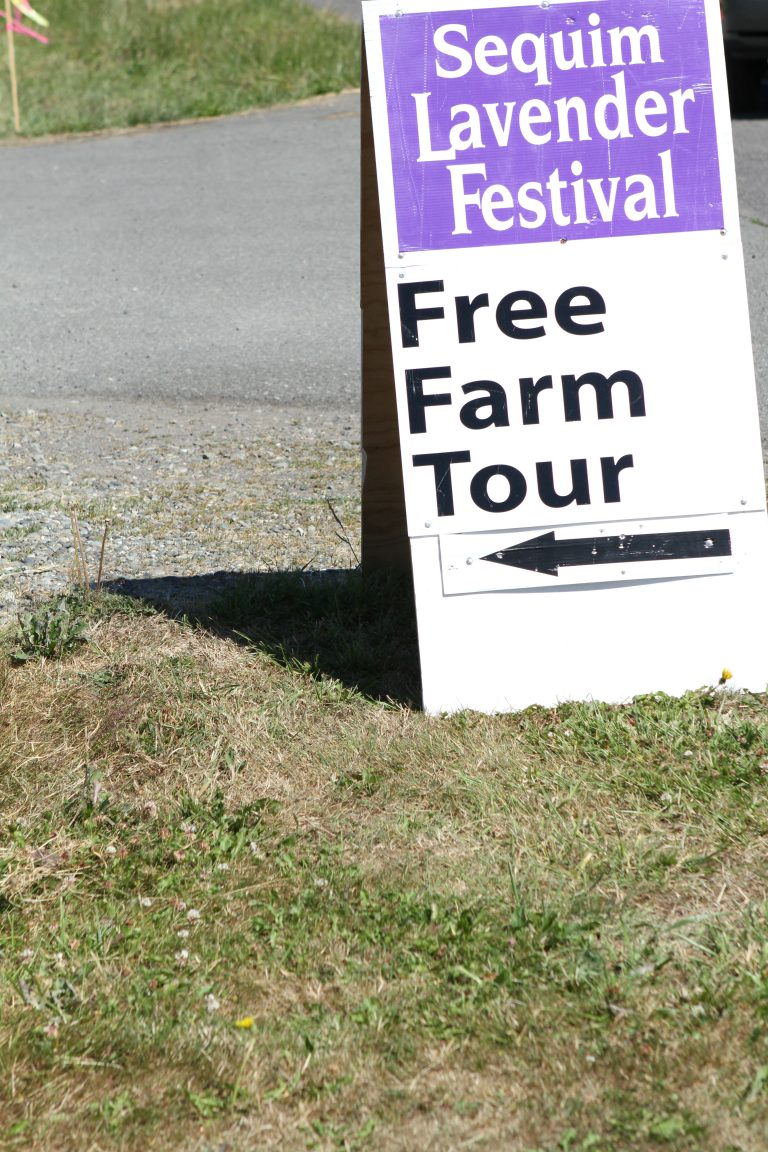 lav-farm-tour-sign